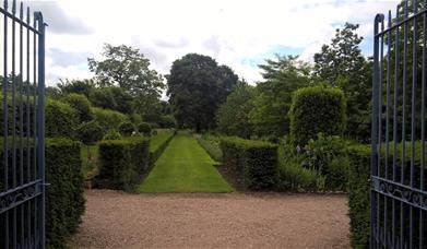 Castle Bromwich Hall Gardens